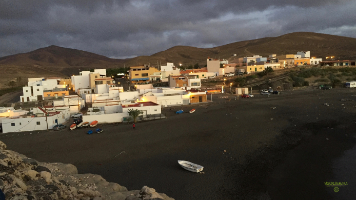 Ajuy, el pueblo costero escondido
